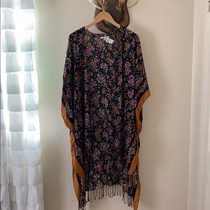 Brand new AE floral midi kimono
